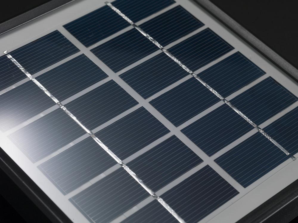 Standar solar panel