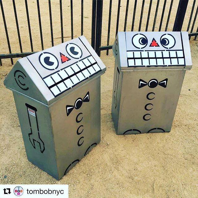 REVEAL!! It's a #robot as only @tombobnyc could see! We are #thankful and PROUD to showcase #tombobnyc #Repost @tombobnyc #stencil #art #stencilart #stencilartist #merseasf #tombobnyc #treasureisland #sf ・・・ FEED ME!! 🤖🤖 #robot #trashbins @merseasf #treasureisland #sanfrancisco #california #tombobnyc #stencil #robots #🤖🤖
