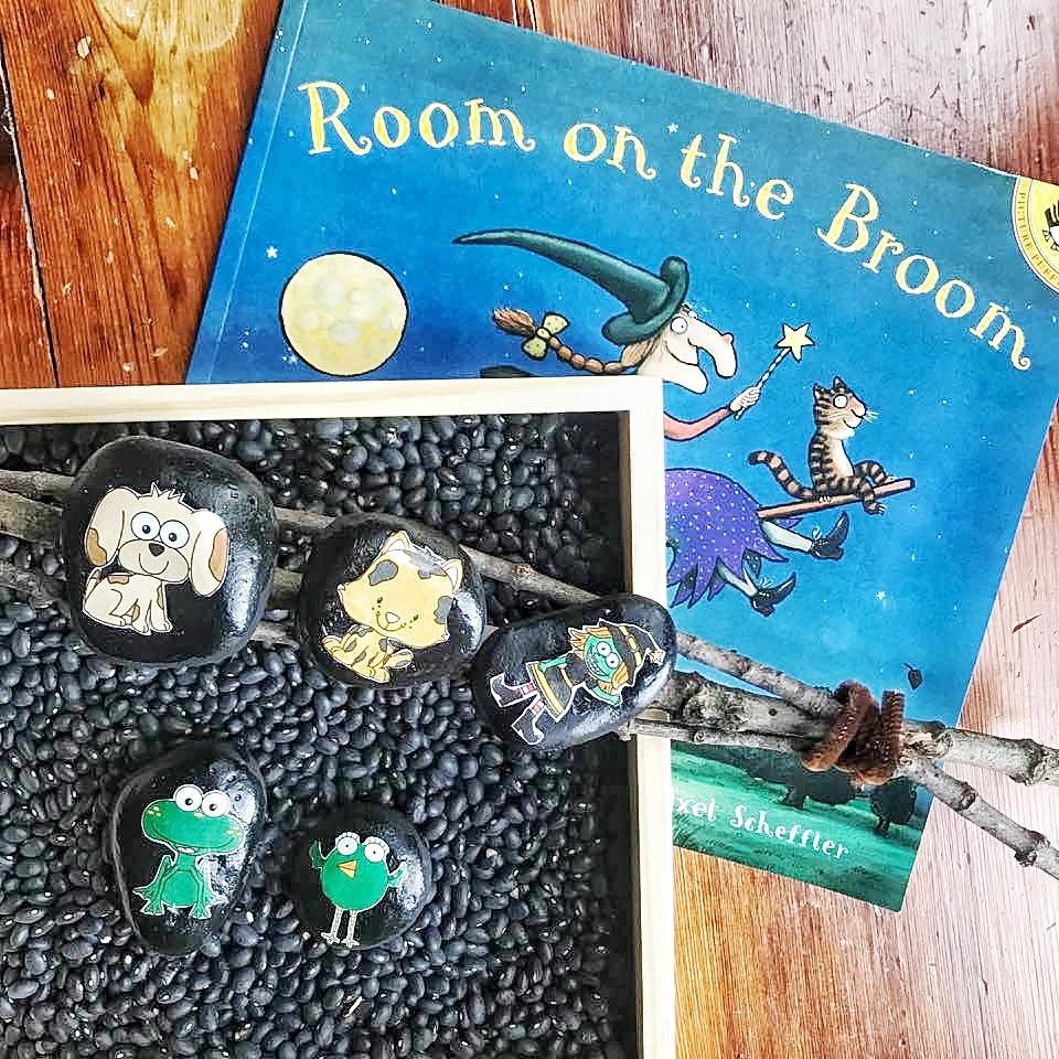 Room on Broom Photo-01.jpeg