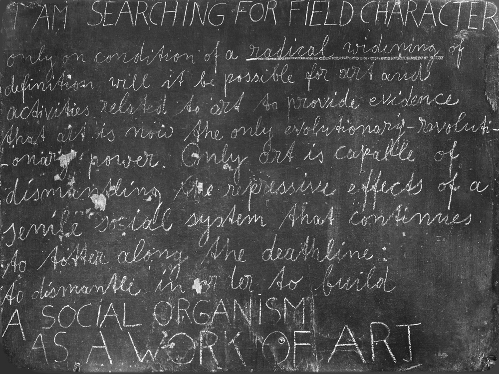 Joseph Bueys,  Directive forces for a new society. Blackboard 20,  1974-1977, Chalk on Board. 90 x 121 cm. Photo: Roman März (04.07.16). Reproduced with the permission of Staatliche Museen Zu Berlin, Nationalgalerie.