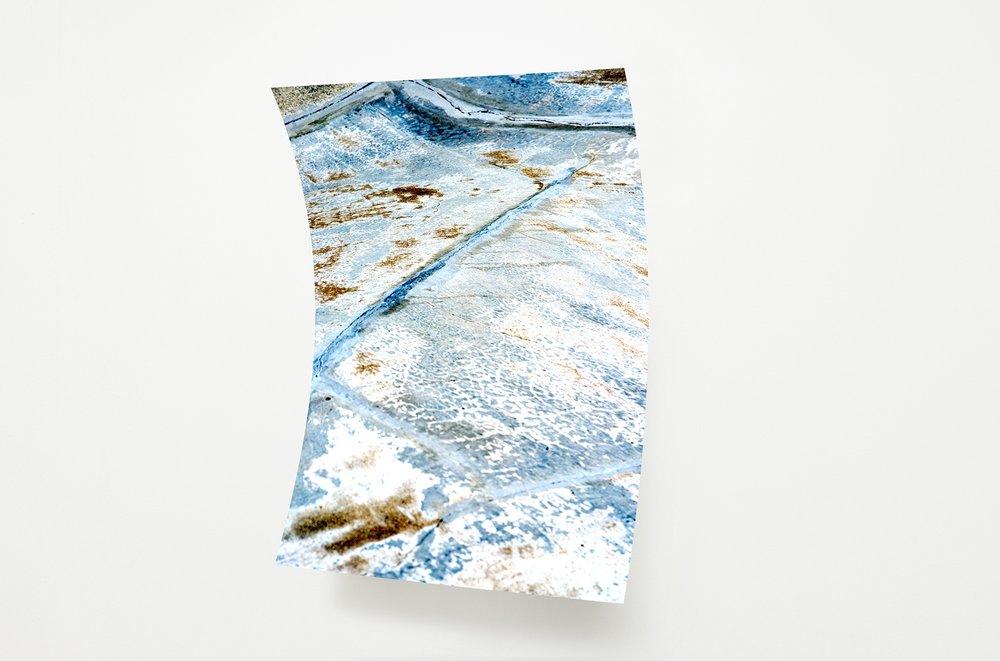 Rui Mizuki,  untitled #SK8 park,  2016, inkjet-print, aluminum, roll pressing process, 730 x 1040 x 180 mm