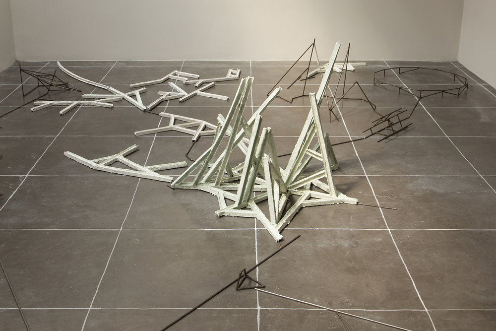 Isabel Nuño de Buen, Constellation 1.2, Part IV , Steel, papier maché, cardboard, plaster, watercolor, spraypaint, Aprox. 30x150x200cm, Image Credit: Courtesy of the artist and kurimanzutto. Photo by Diego Pérez