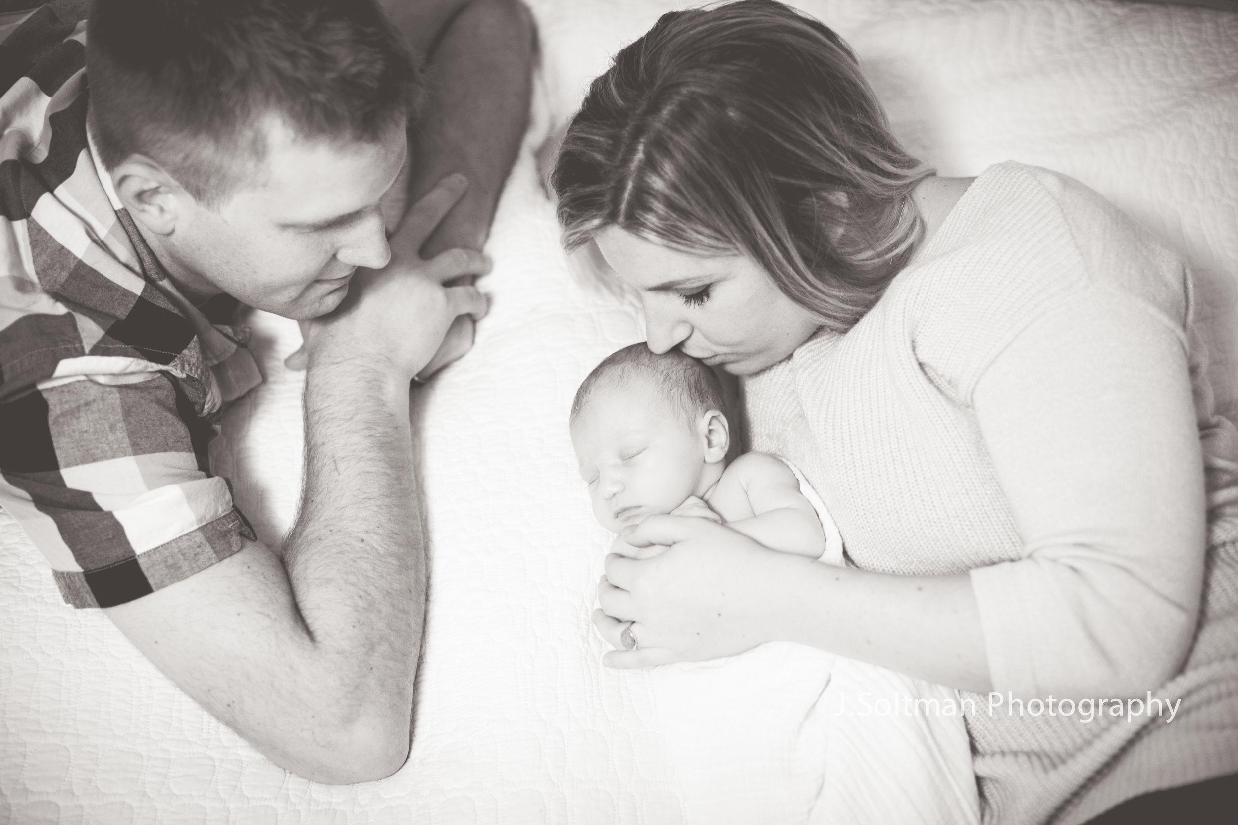 newborn-3074