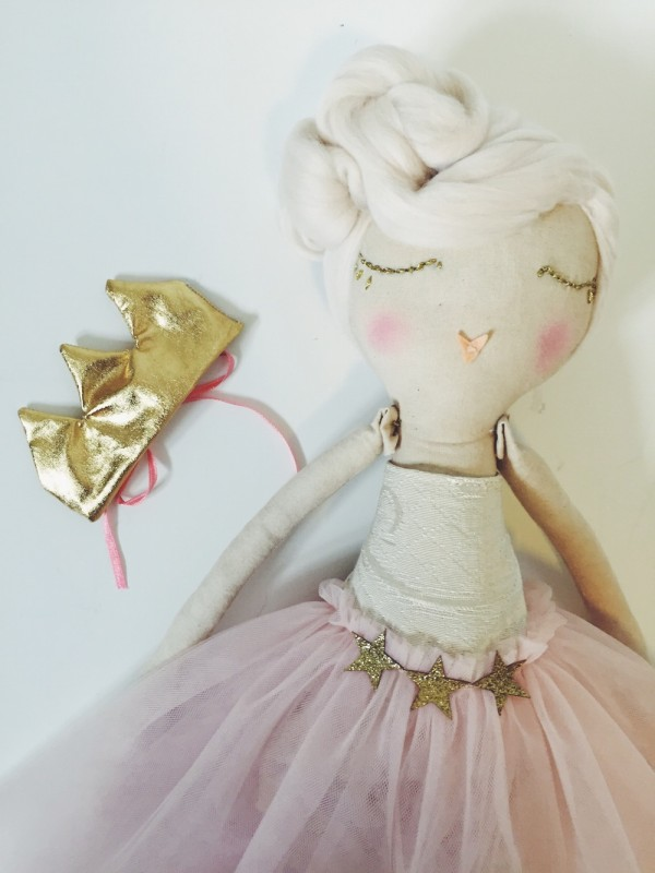 Beautiful-Handmade-Doll-3-e1436949417289.jpg