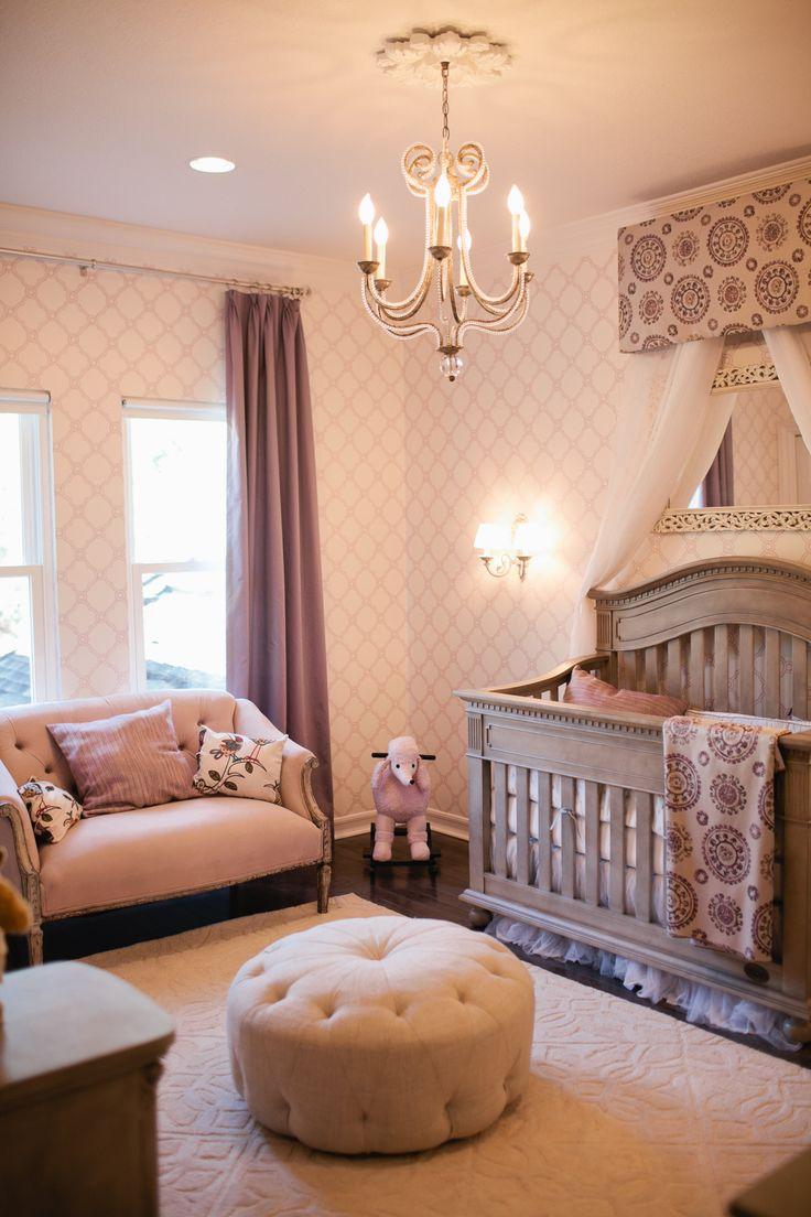 Nursery-Wallpaper-5.jpg