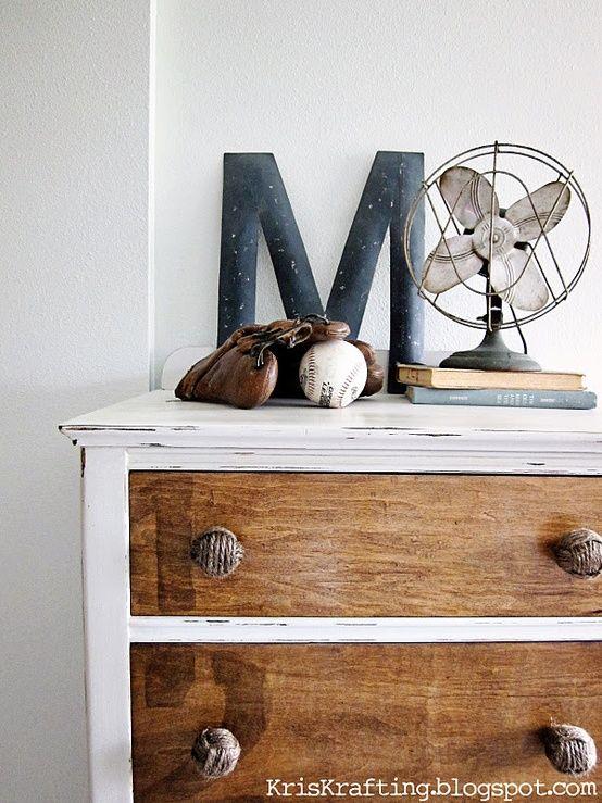 Vintage-Dresser-12.jpg