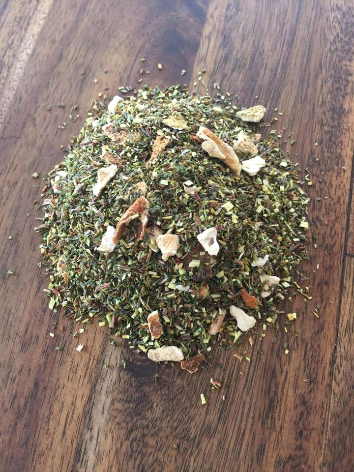 ZESTY gREEN rOOIBOSPerfect mix of antioxidants to help you rejuvenate and relax.  All Organic Ingredients: Green Rooibos, Sweet Orange Peel and Lemon Peel. -