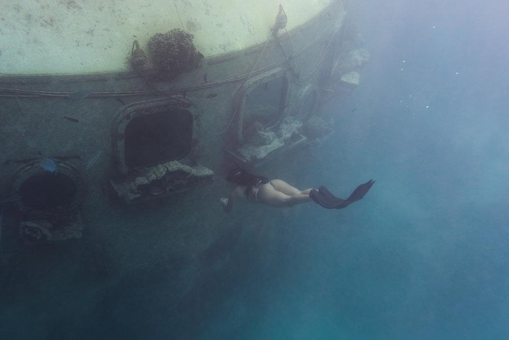 underwater-free-diver-guam-roxanne-augusta-9.jpg