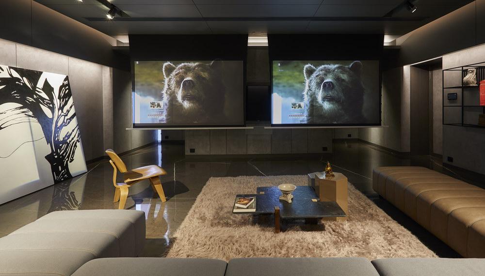 Surat-Media Room.jpg