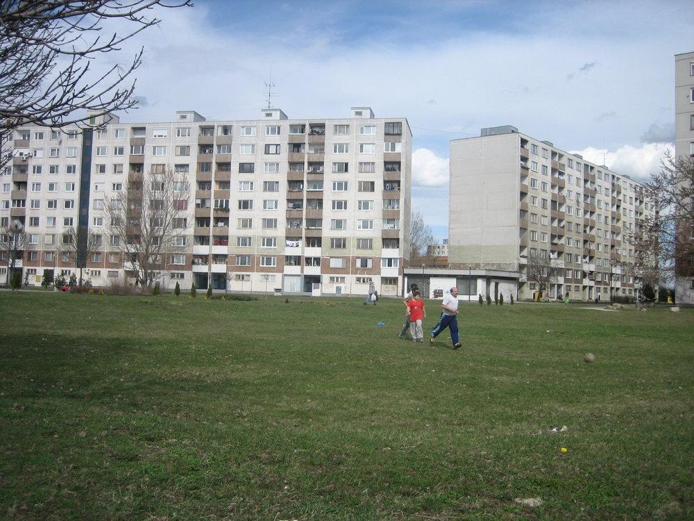 Beispiel Petrzalka, Bratislava: Platz auf der Wiese