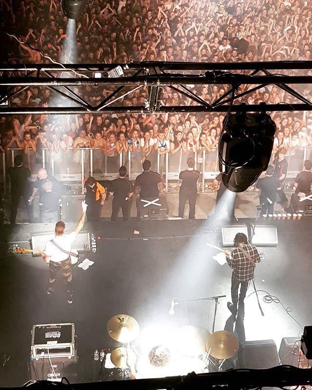 @stickyfingersband right now! River Stage.  #stickyfingers #gigvr #brisbane #stickyfingersband #hot #live #livemusic #aussiemusic