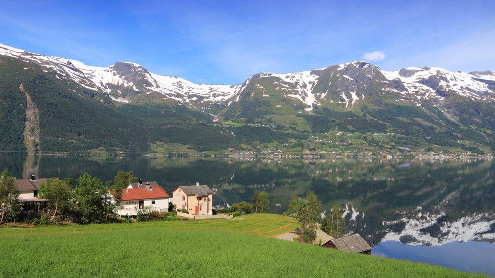 Fjord-Hardangerfjord-34450.jpg