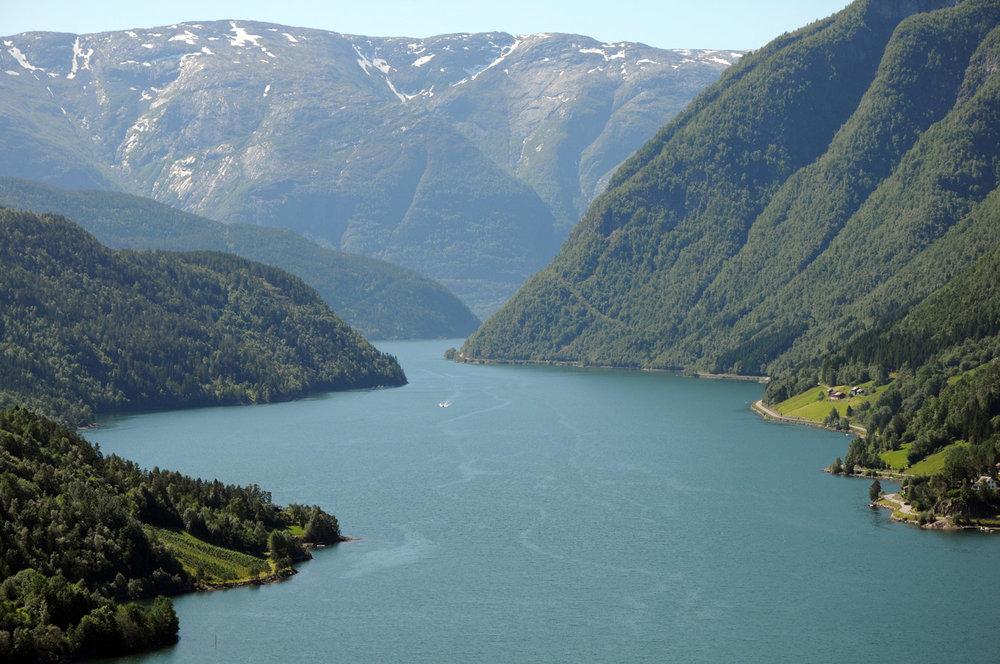 Fjord-Hardangerfjord-47111.jpg
