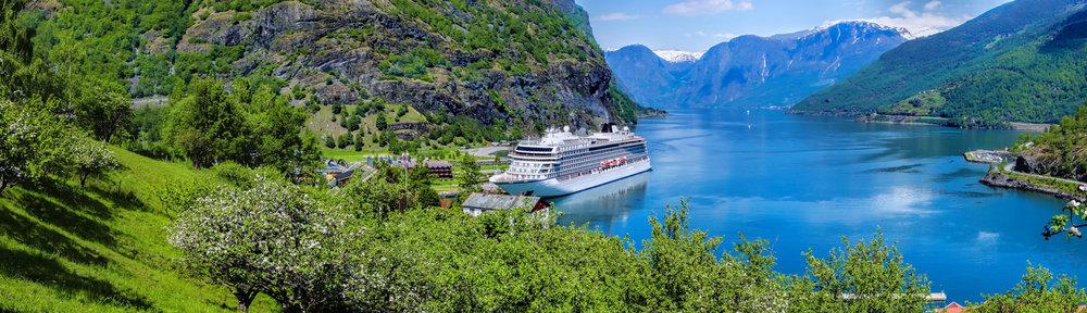 Flåm in Flåmsdalen at the inner end of Aurlandsfjorden