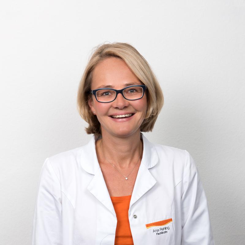 Anja Rehling, Fachärztin