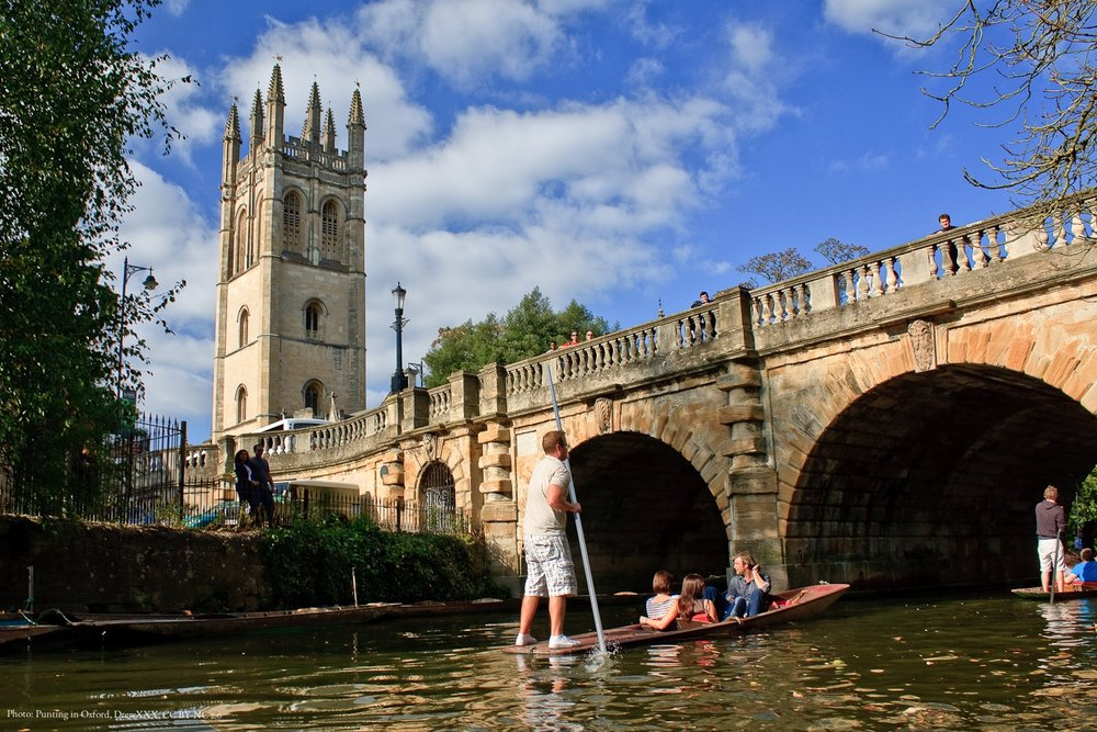 Punting_in_Oxford.jpg