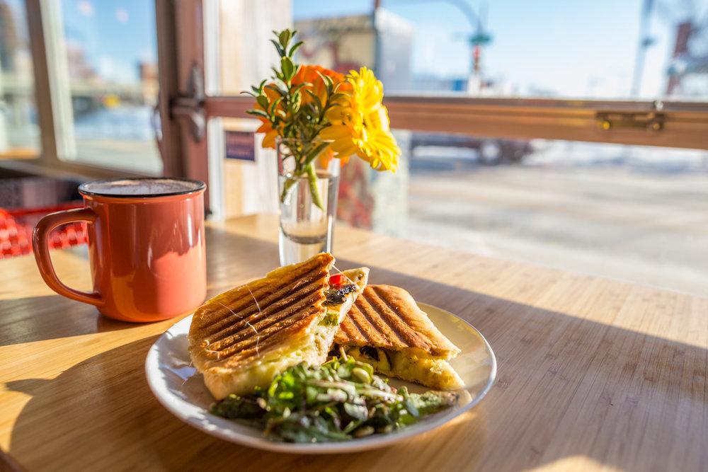 Drift Sidewalk Café & Vista Lounge | Saskatoon Restaurant