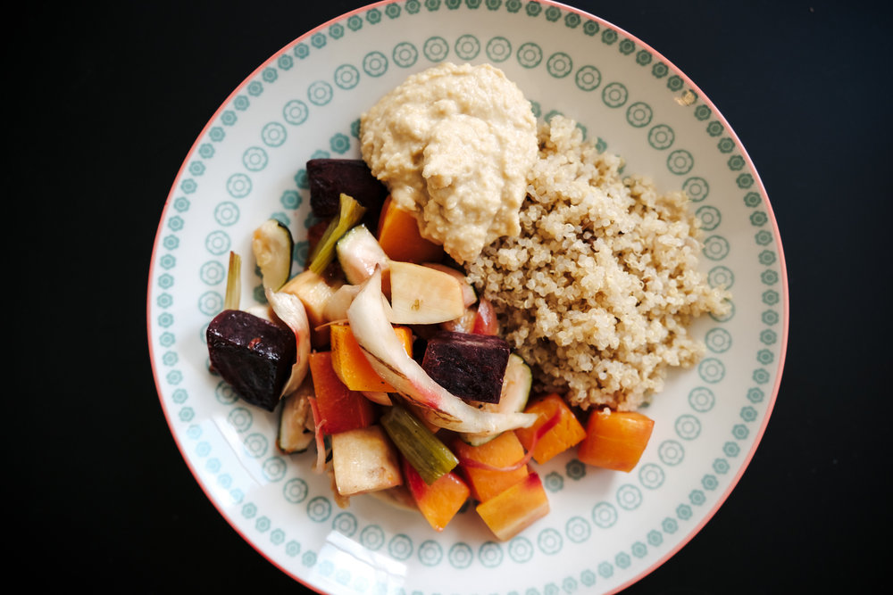 grilled veggies with hummus and quinoa