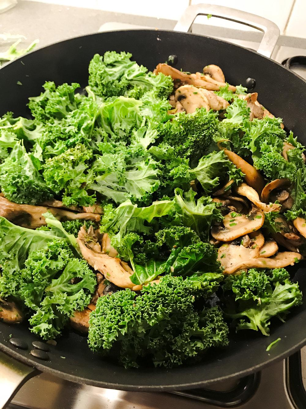 Mushroom kale linguine- IMG_8769 - © Beets & Roots.jpg