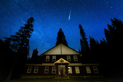 A meteor above the lodge