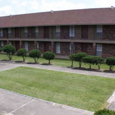 Broadmoor Plantation Apts.    $11,797,200  Baton Rouge, LA 301 units August 2018
