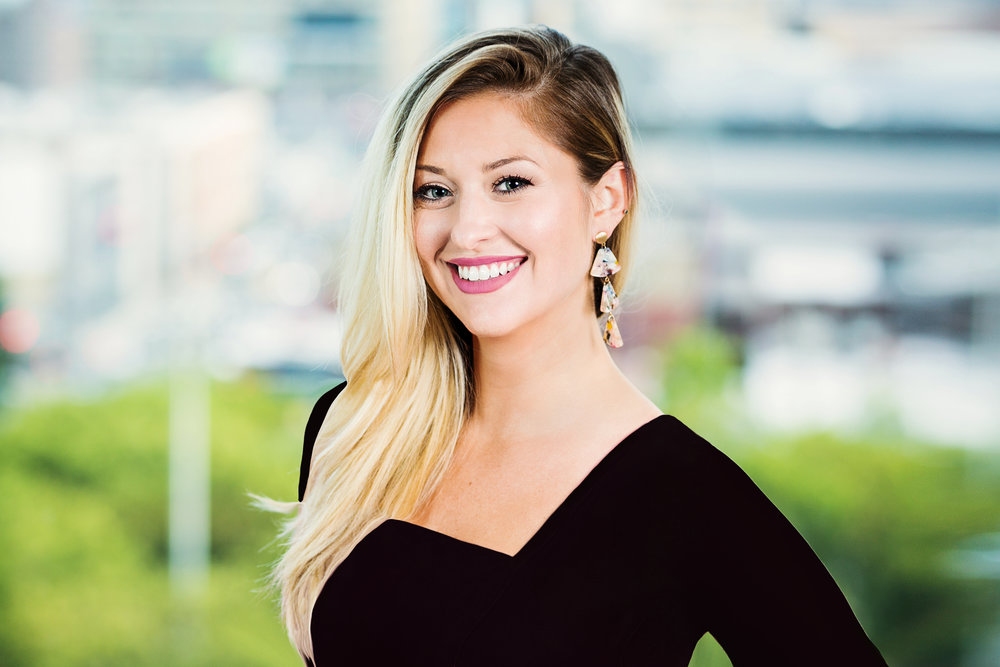 LINDSAY MORRISON  Marketing and Events Manager, EA to co-CEOs