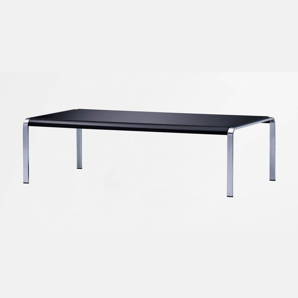 - ESTRO TABLE by KINNARPS