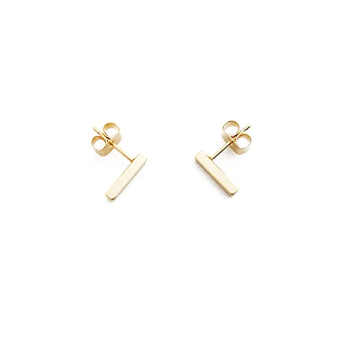 Gold Bar Earrings - More into lighter hues? Pair those with more delicate golden earrings. These