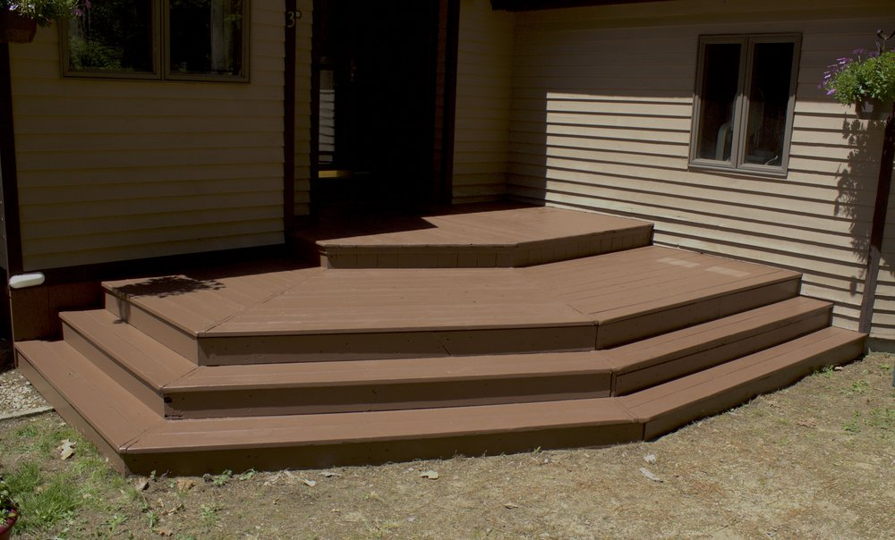 deck finished .jpg