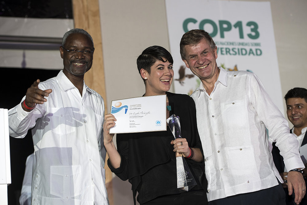 Leyla being awarded Champion of the Earth with Ibrahim Thiaw, United Nations Assistant Secretary-General (left), and UNEP Executive Director, Erik Solheim (right)