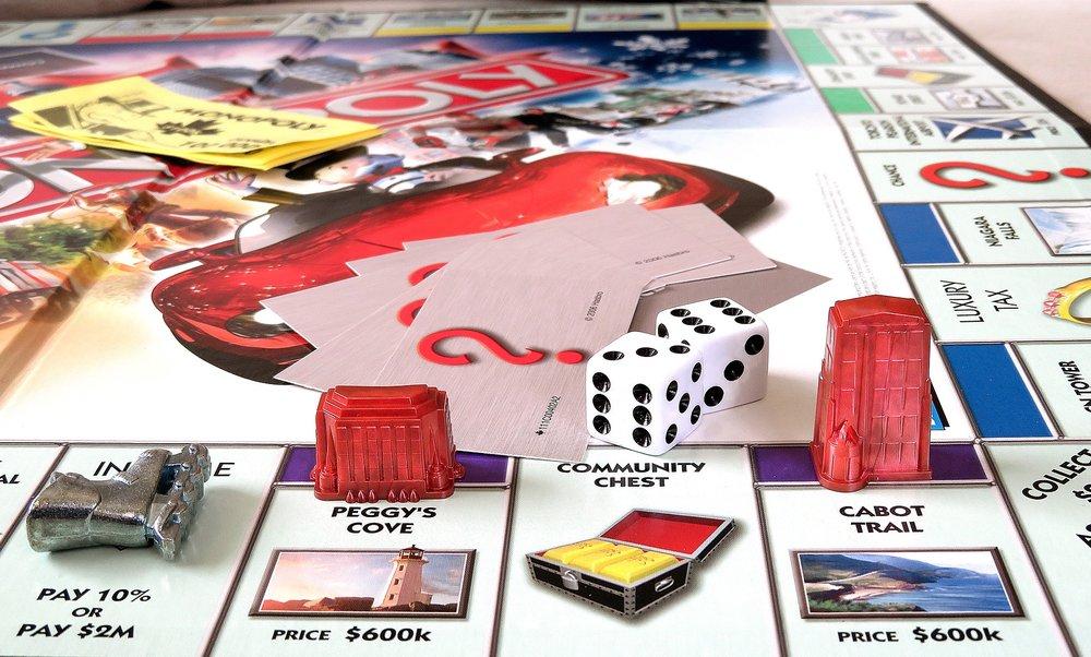 monopoly-2636268_1920.jpg