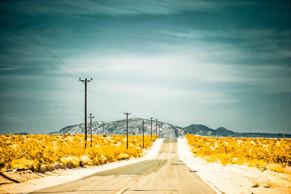 California_desert_road_001