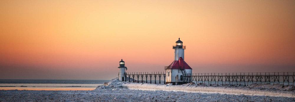 St-Joseph-Michigan-Sliver-Beach-Winter--009.jpg