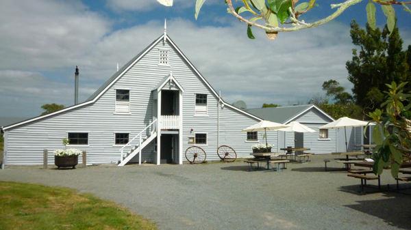 silver-barn.jpg