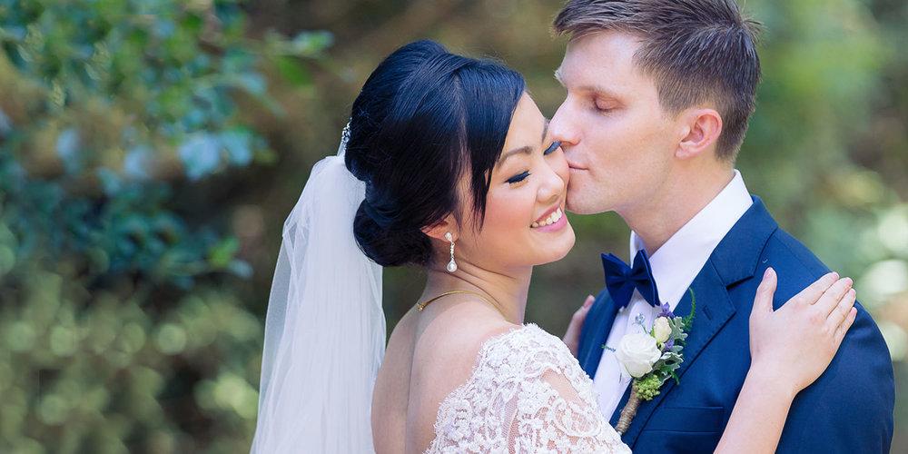 3-bride-and-groom-hawkes-bay-wedding-photographer.jpg