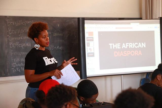Here with Dr. Jessica Johnson of Johns Hopkins University learning about the #AfricanDiaspora through the #NewGenerationScholars Program  We learn more about ourselves when we learn about our history. Explore More. Learn More. Be More.  #algp #allusinwanderland #mybmore #baltimore #marylandinfocus #exploremore #exploreyourcity
