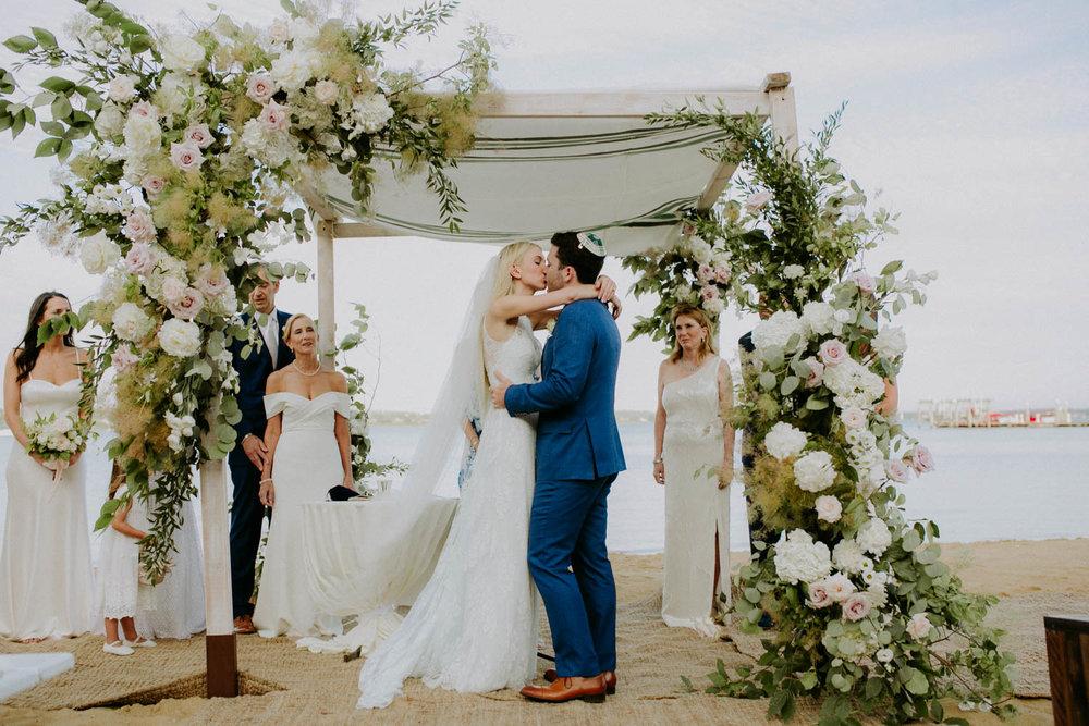 montauk-wedding-amber-gress-0473-.jpg