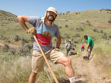 land-trust-volunteer-trails.jpg