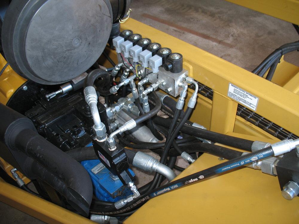 7BW WHEEL MOTOR BIN CARRIER (18).JPG