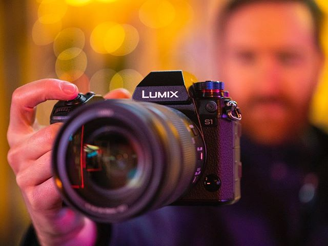 I can now show you the Lumix S1 that I shot my new short film with! Photos by @shootmepeter #lumixs1 #lumix
