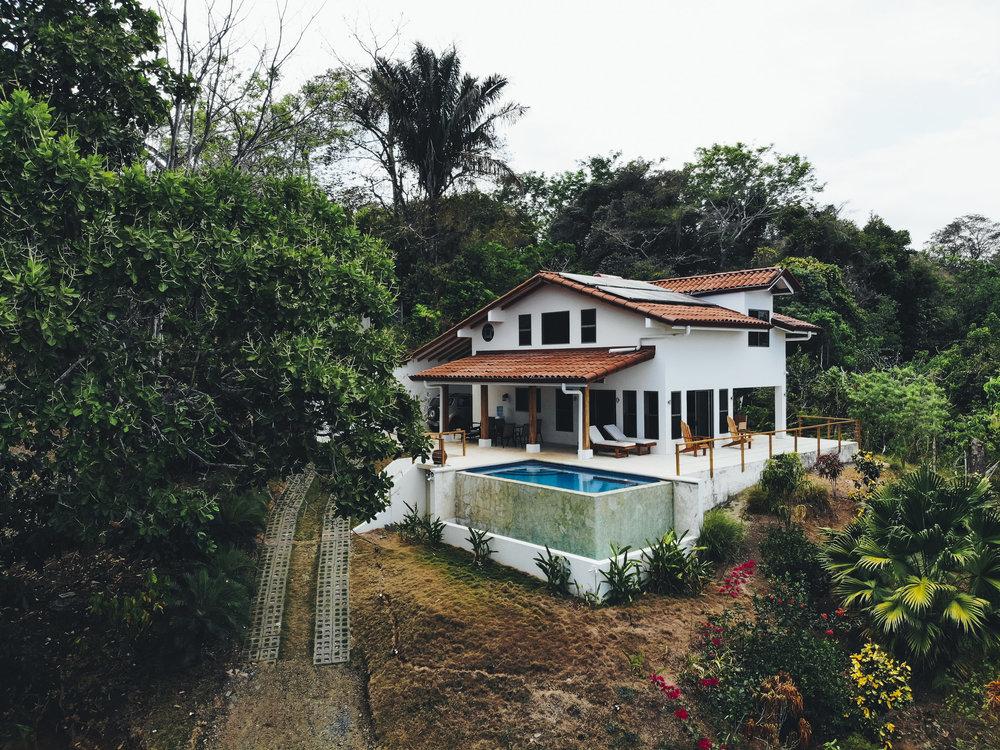Budget Travel- Airbnb Private Room vs Hostel.jpg