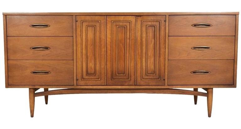 Broyhill Sculptra Dresser