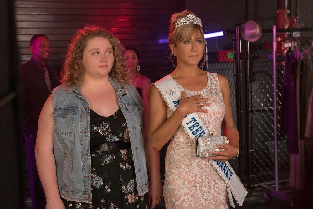 5 BINGE FACTS - NETFLIX'S ORIGINAL FILM DUMPLIN'