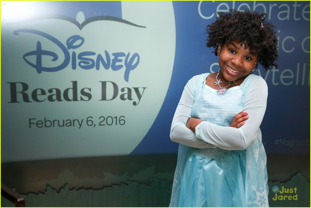 trinitee-stokes-kat-mcnamara-august-maturo-disney-reading-days-09.jpg
