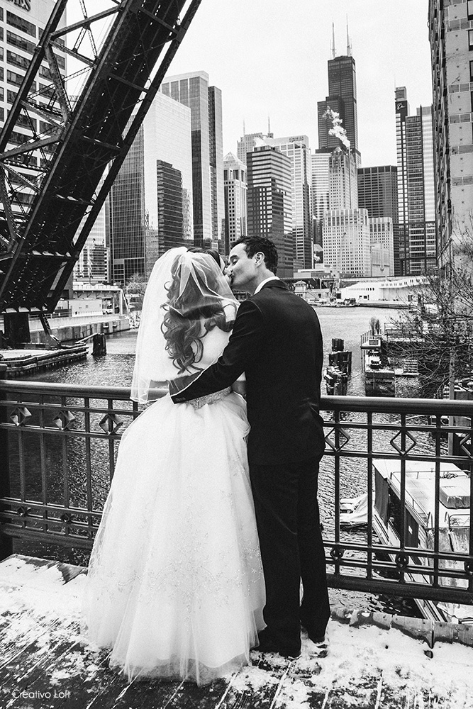 Chicago-bridge-wedding-portrait-BC.jpg