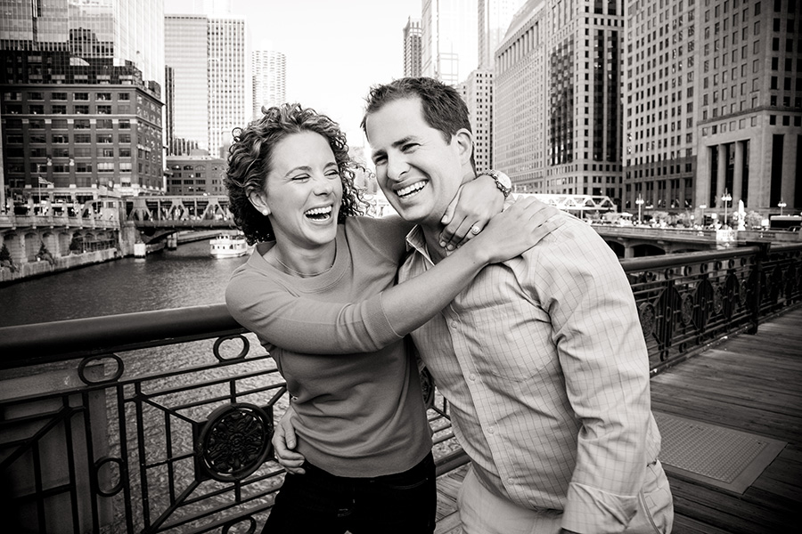 ENGAGEMENTS - CHICAGO ENGAGEMENT PORTRAITS