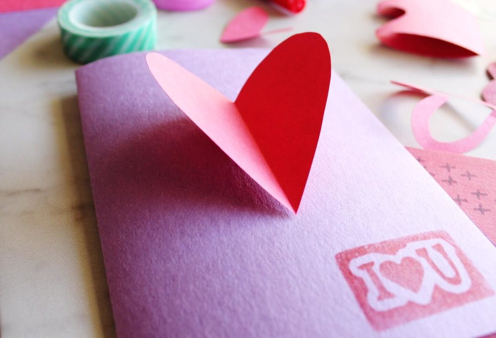 DIY-Valentines-Cards-With-Hearts.jpg