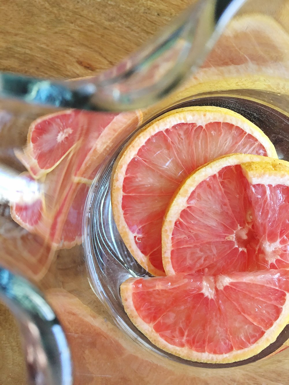 Grapefruit-Slices-Pitcher.jpg