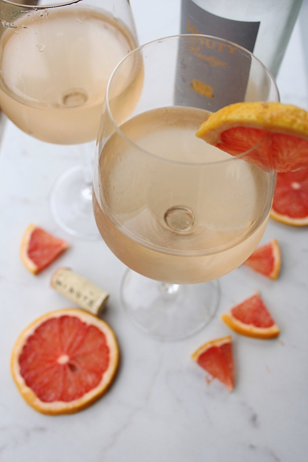 Rosé Wine with Sparkling Grapefruit Water