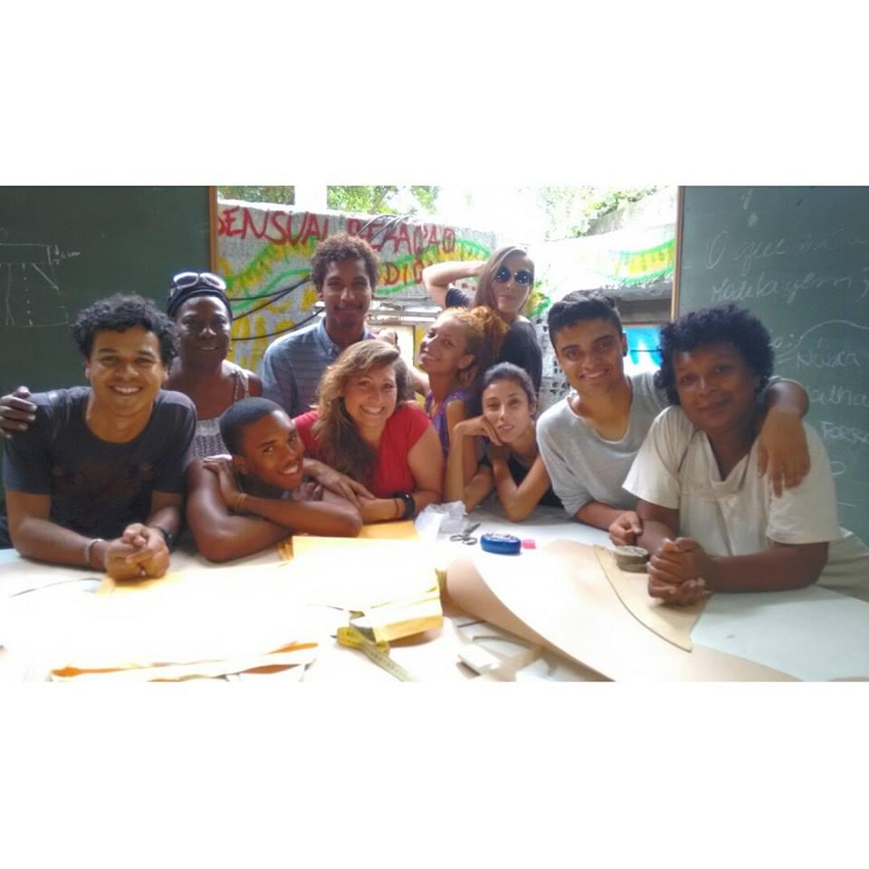 Alunos turma 2015 com nossas professoras Conceição e Claudia